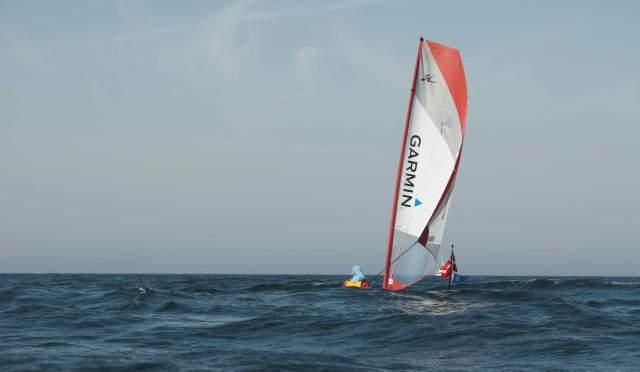 Og på en dag med god vind og pæne bølger/ And on a day with a good wind and bigger waves!