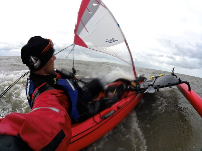 Hard winds in the North sea wasn't a problem for the kayaks.