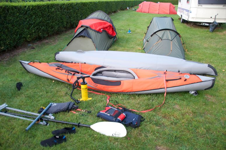 Kayak expedition in two inflatable kayaks.